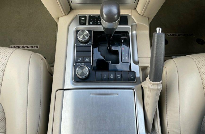 2018 TOYOTA LANDCRUISER Sahara  VDJ200R Tw.Turbo Wagon
