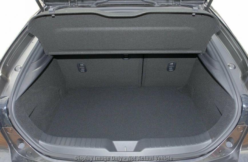 0 MAZDA 3 G20 Evolve BP2H7A  Hatchback