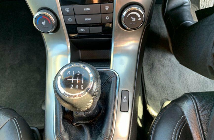 2013 HOLDEN CRUZE SRi-V  JH Series II Turbo SEDAN