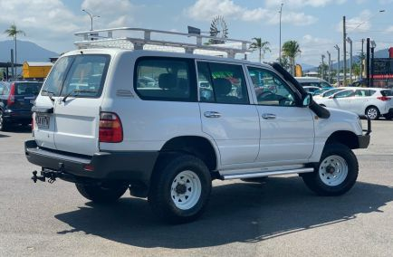 2000 TOYOTA LANDCRUISER Standard  HZJ105R  Wagon