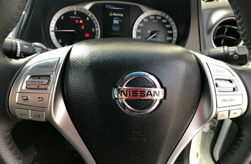 2015 NISSAN NAVARA ST-X  D23 Tw.Turbo Dual Cab Utility