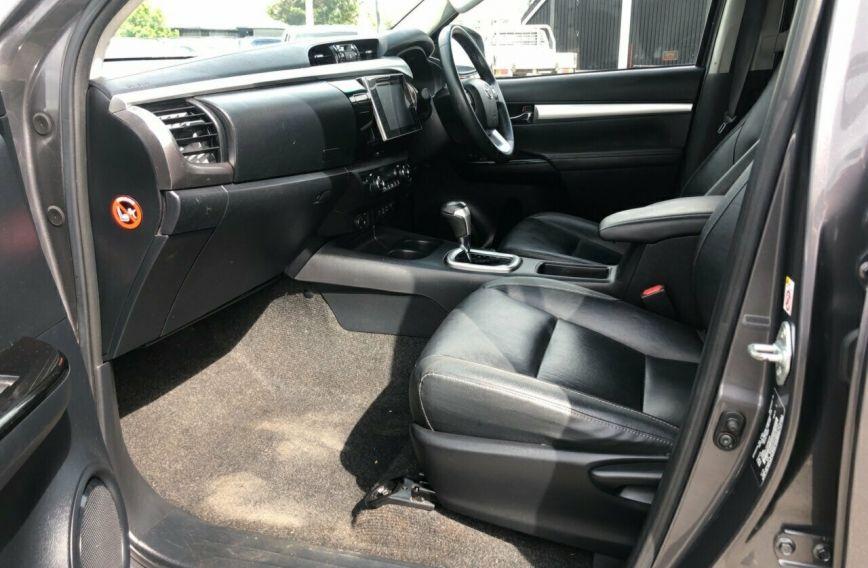 2016 TOYOTA HILUX SR5  GUN126R Turbo UTILITY Dual Cab
