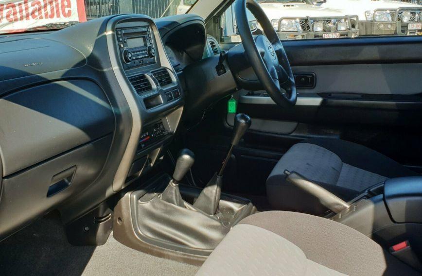 2013 NISSAN NAVARA ST-R  D22 Turbo UTILITY Dual Cab