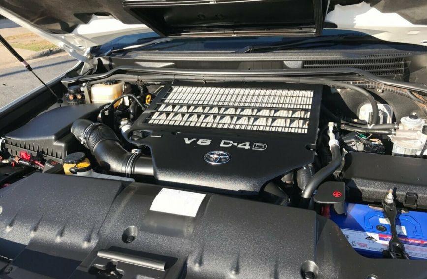 2010 TOYOTA LANDCRUISER GXL  VDJ200R Tw.Turbo WAGON
