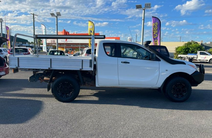 2015 MAZDA BT-50 XT  UP0YF1 Turbo CAB CHASSIS Extended C
