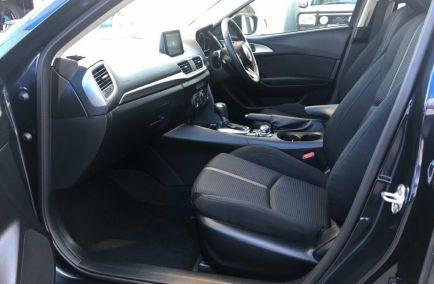 2017 MAZDA 3 Maxx  BN5478  Hatchback