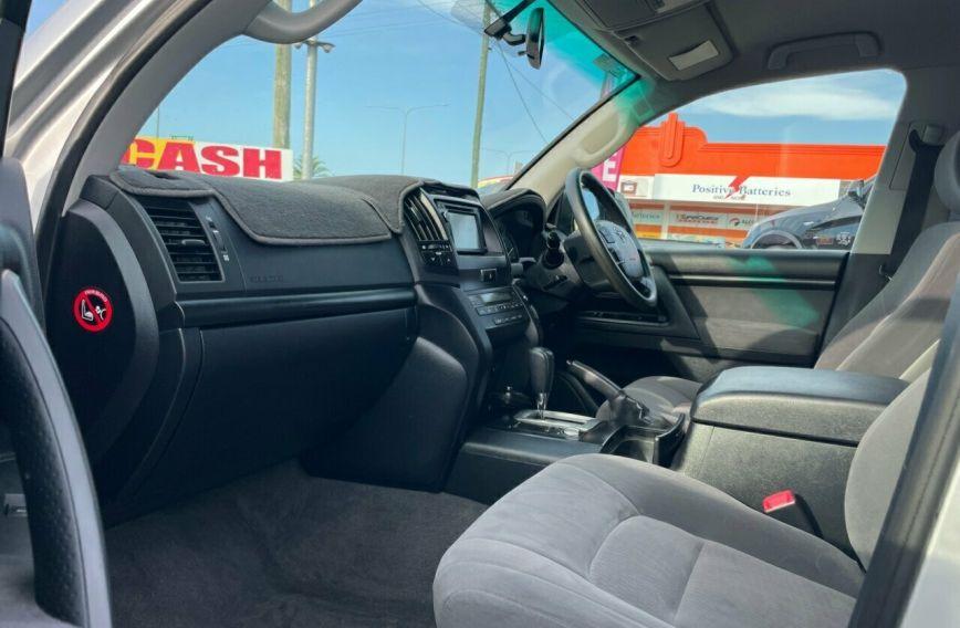 2014 TOYOTA LANDCRUISER GXL  VDJ200R Tw.Turbo Wagon