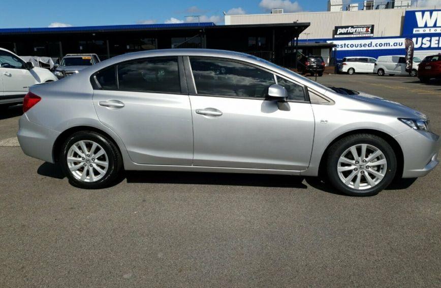 2013 HONDA ACCORD VTi-L  9th Gen  Sedan