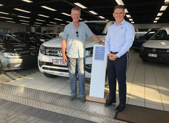 Thomas Oppermann taking delivery of a Volkswagen Amarok Ultimate