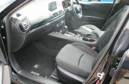 2014 MAZDA 3 SP25  BM5438  Hatchback