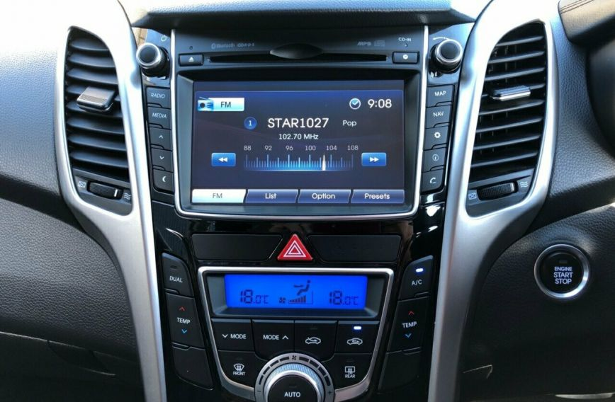 2013 HYUNDAI I30 SR  GD2  HATCHBACK