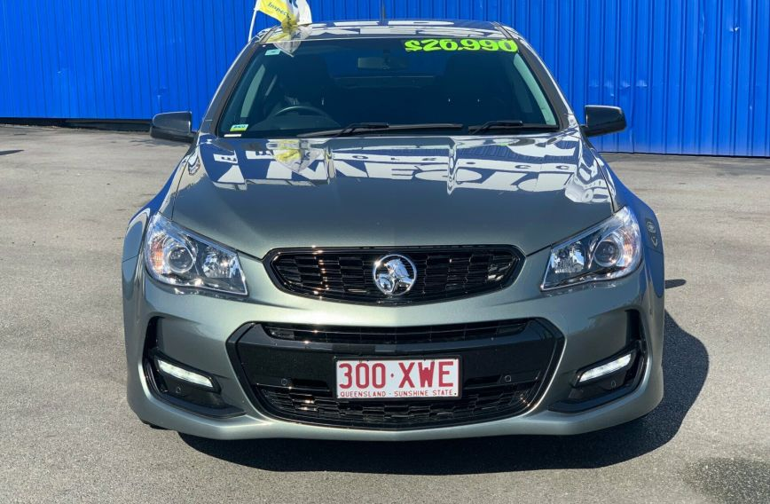 2016 HOLDEN COMMODORE SV6 Black VF II  SEDAN