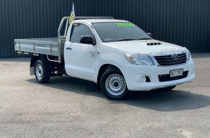 Used 2014 TOYOTA HILUX KUN16R Cab Chassis 2dr SR Single Cab Man 5sp 4x2 3.0DT 1285kg
