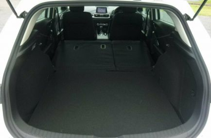 2018 MAZDA 3 SP25  BN5438  Hatchback