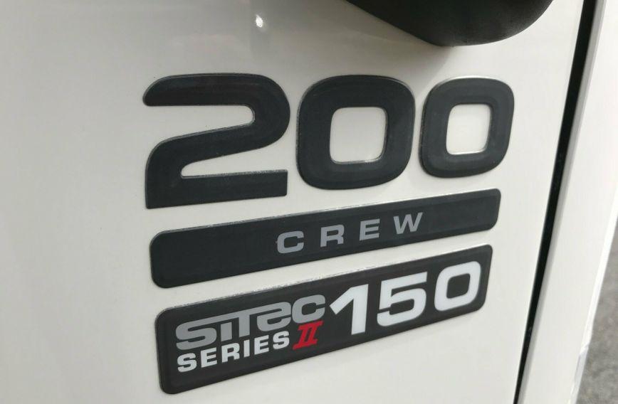2011 ISUZU  ISUZU NNR SERIES 200 CREW DUAL CAB  TRAY TRUCK