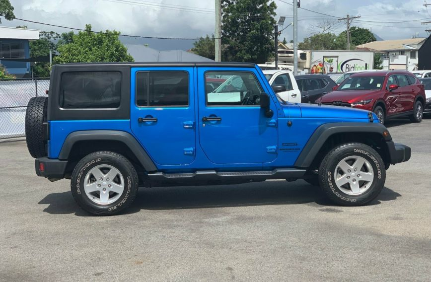 2015 JEEP WRANGLER Unlimited Sport JK  SOFTTOP