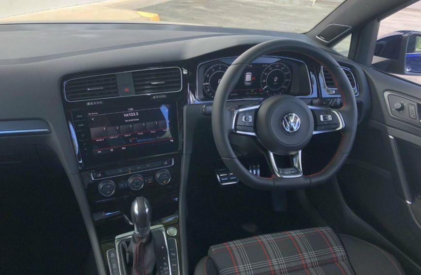 2018 VOLKSWAGEN GOLF GTI  7.5 Turbo HATCHBACK