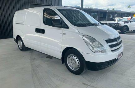 Used 2011 HYUNDAI ILOAD TQ-V Van 5dr Spts Auto 5sp 2.5DT 1061kg