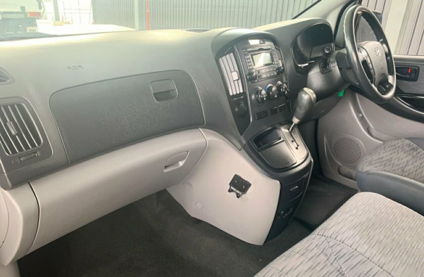 2011 HYUNDAI ILOAD   TQ-V Turbo VAN