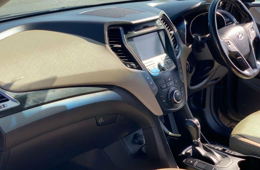 2012 HYUNDAI SANTA FE Highlander  CM Turbo Wagon