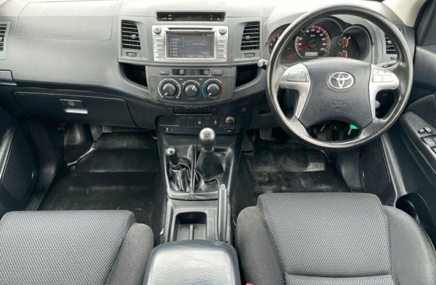 2015 TOYOTA HILUX SR  KUN26R Turbo Dual Cab Chassis Utility