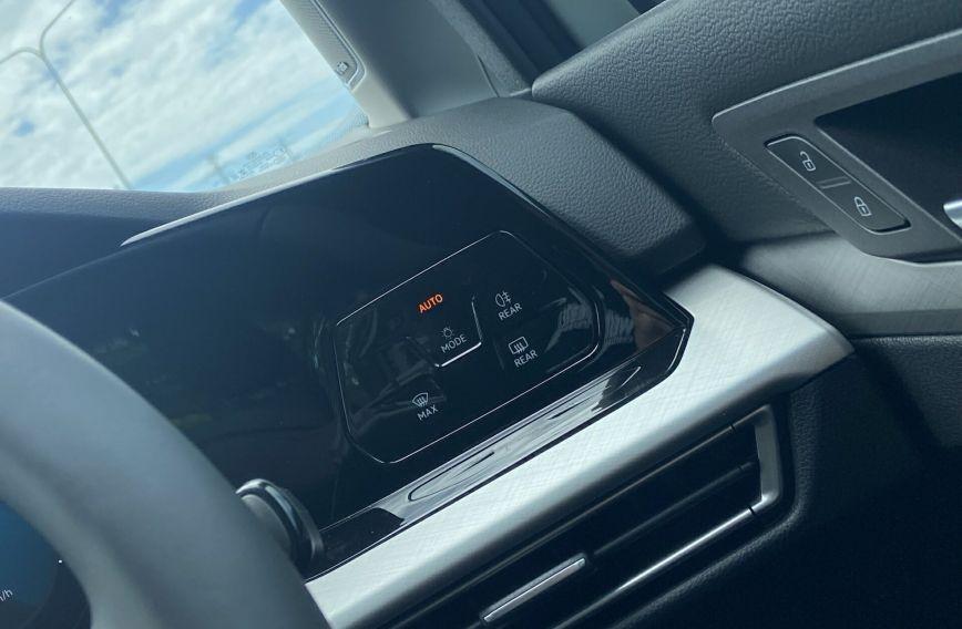 2021 VOLKSWAGEN GOLF 110TSI Life 8 Turbo Hatchback