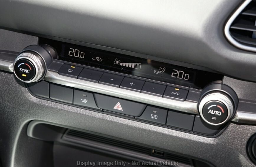 0 MAZDA CX-30 G20 Evolve DM2W7A  Wagon