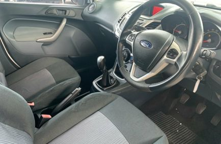 2010 FORD FIESTA LX  WS  Hatchback