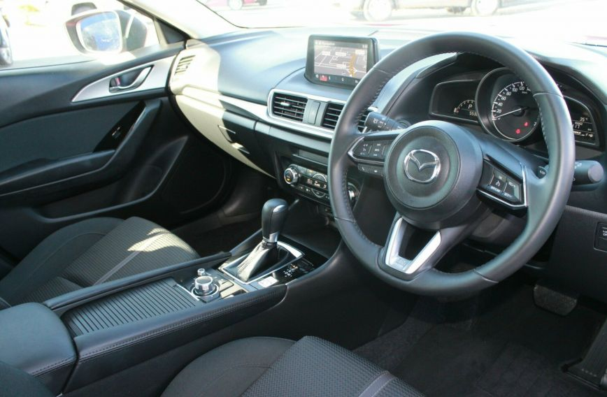 2017 MAZDA 3 SP25  BN5438  HATCHBACK