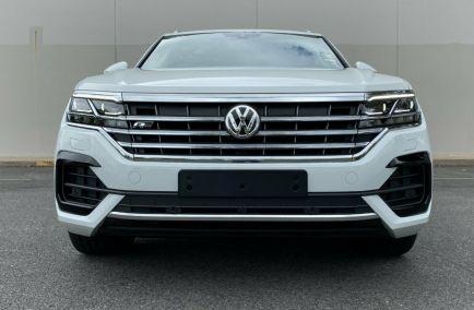 2019 VOLKSWAGEN TOUAREG 190TDI Premium CR Turbo Wagon