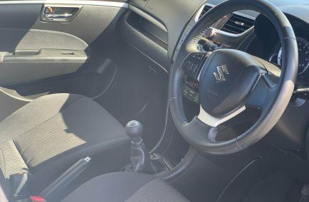 2011 SUZUKI SWIFT GLX  FZ  Hatchback