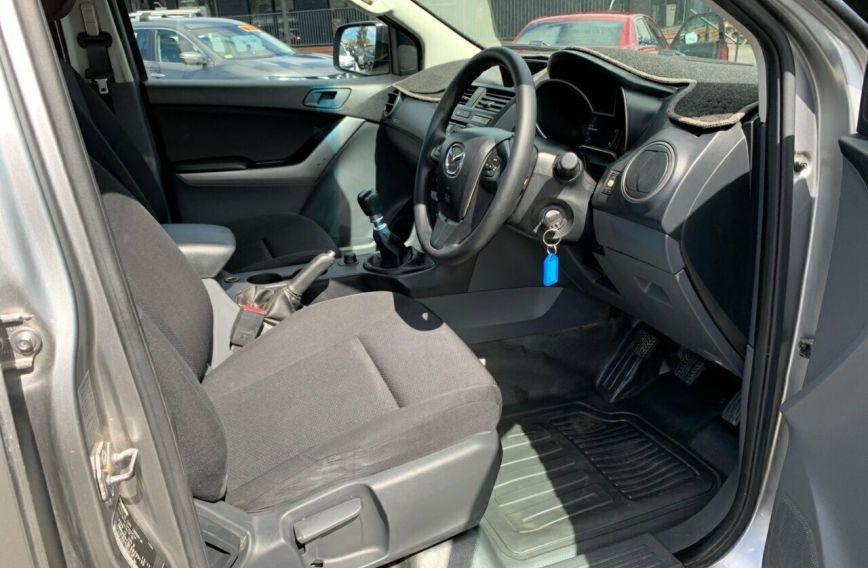 2017 MAZDA BT-50 XT  UR0YG1 Turbo CAB CHASSIS Dual Cab