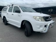 2011 TOYOTA HILUX for sale in Cairns