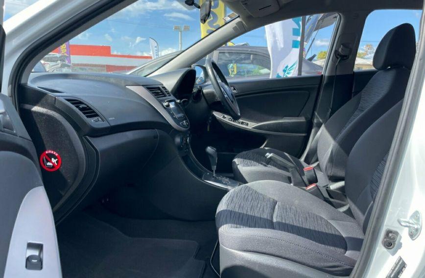 2018 HYUNDAI ACCENT Sport  RB6  Hatchback