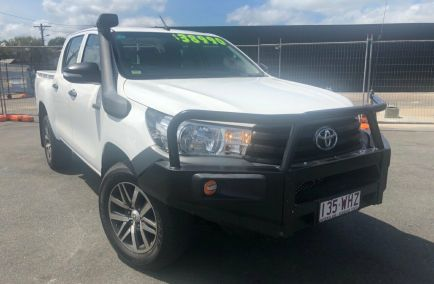 Used 2015 TOYOTA HILUX GUN125R Utility 4dr Workmate Double Cab Man 6sp 4x4 2.4DT 955kg