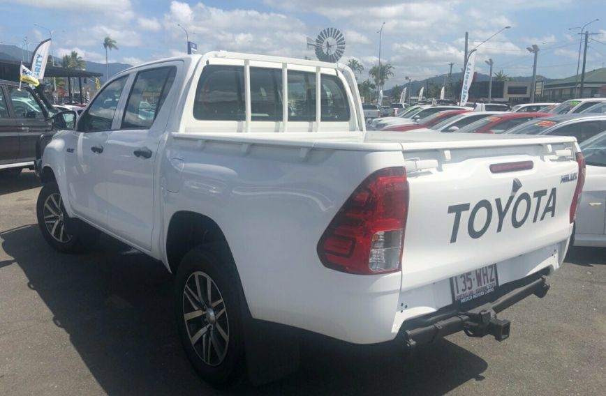 2015 TOYOTA HILUX Workmate  GUN125R Turbo UTILITY Dual Cab