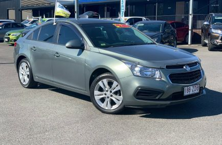 Used 2015 HOLDEN CRUZE JH Series II Sedan 4dr Equipe Man 5sp 1.8i