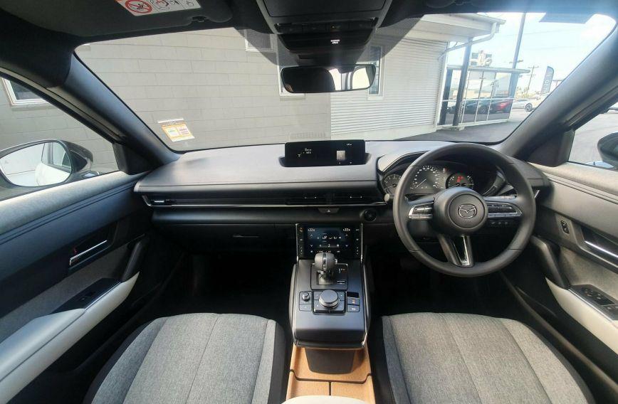 2021 MAZDA MX-30 G20e Evolve DR2W7A  Wagon
