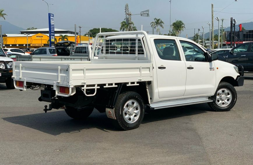 2012 TOYOTA HILUX SR  KUN26R Turbo CAB CHASSIS Dual Cab
